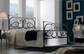 Wrought iron bed Virginia