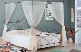 Sabrina canopy bed