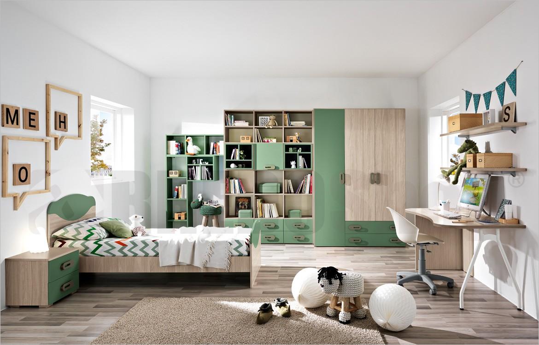 Cameretta standard con armadio e librerie, zona studio ...